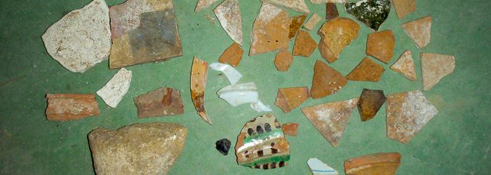 Fragmentos de cerámica de distintos periodos arqueológicos