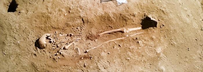 Enterramiento humano del siglo XVIII