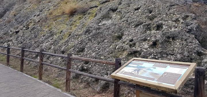 Elemento interpretativo para el yacimiento del Puente Escuriza en Ariño (Teruel).